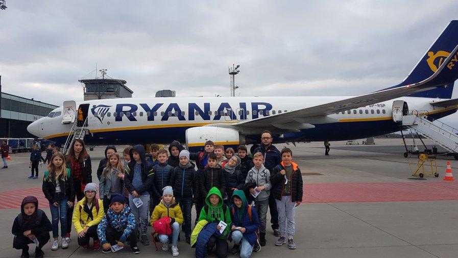 Samolotowa wycieczka klasy IV a i IV d do Gdańska